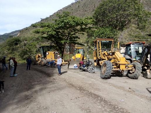 Alcaldes de Boyacá y Santander se unieron para arreglar vías