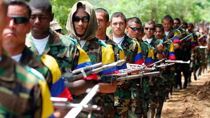 Excombatientes buscan recuperar la confianza de los colombianos