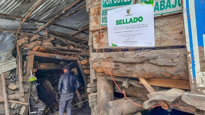 Cerradas cinco minas en Samacá