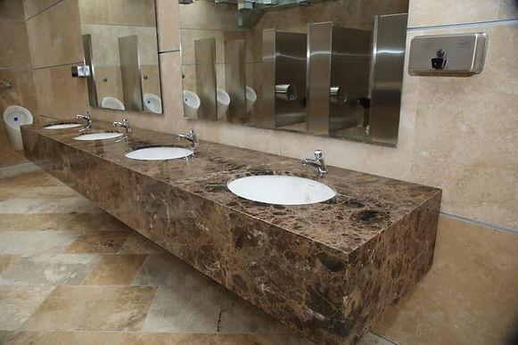 Por ahora el uso de los baños públicos de la Plaza de Bolívar es gratuito