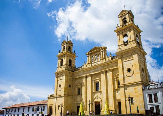 Pese a las restricciones, miles de personas llegan a Chiquinquirá a vivir la Semana Santa