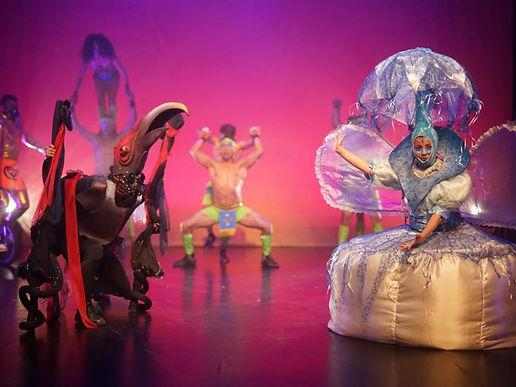 En 2021 se destinarán 5 mil millones de pesos para apoyar a las salas de teatro concertadas y las carpas de circo