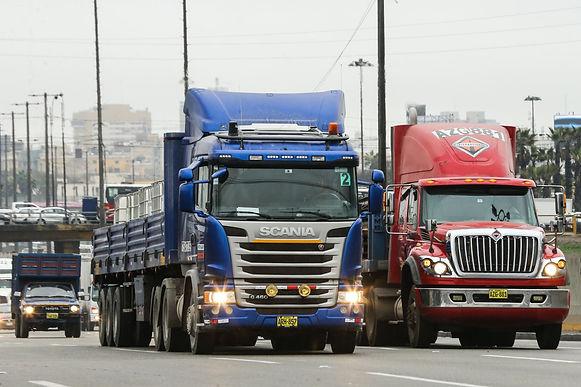 Transportadores de carga rechazan el alza en los peajes y hacen exigencias al Gobierno