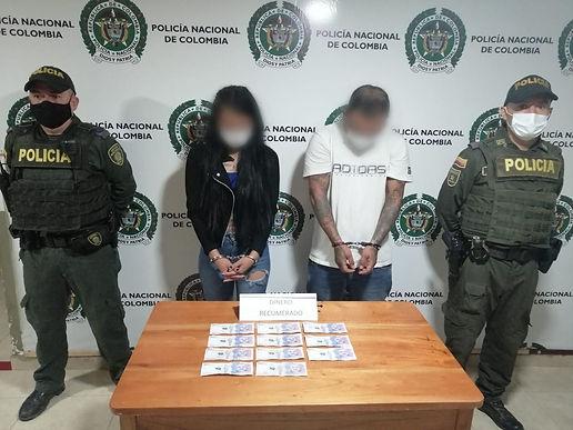 Dos capturados por robar 550 mil pesos de una cuenta bancaria