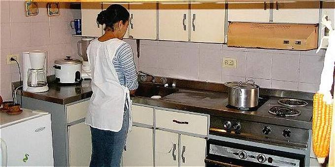 Formulan beneficios para los trabajadores (as) domésticos