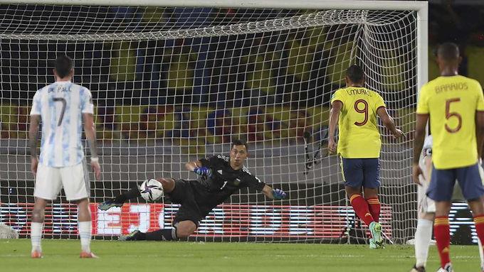Colombia logró un sufrido empate