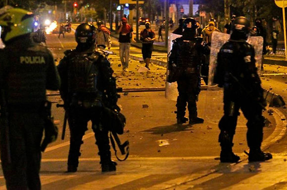 Procuraduría investigará presuntos abusos de la policía en protestas del 9 y 10 de septiembre en el país