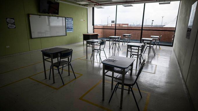 Ocho municipios inician alternancia en sus colegios oficiales