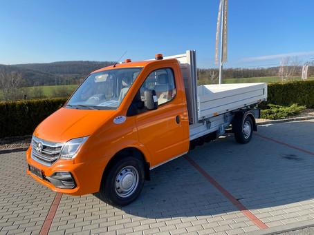 Zahájení Roadshow na propagaci 100% elektrického užitkového vozidla Maxus EV80 a jeho modifikací
