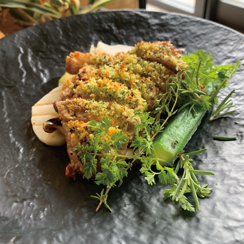 沖縄県産琉香豚の香草パン粉焼き