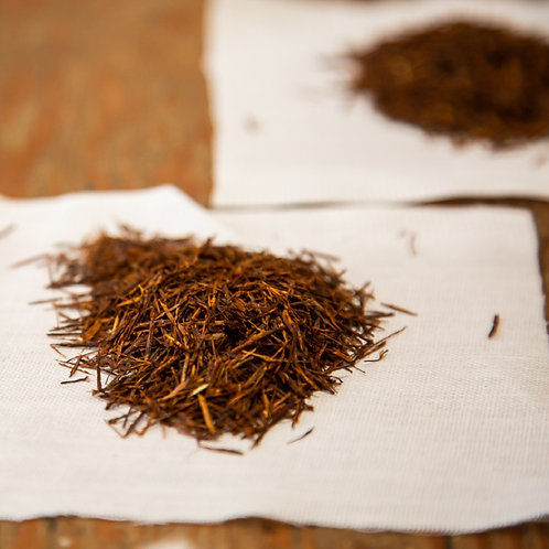 Afro-Boer Baker's Café hand harvested Malawi tea tied in muslin bundles