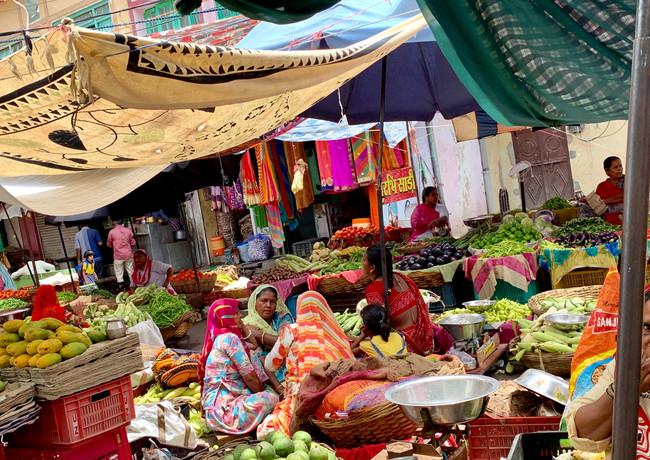 Marketplace, Udaipur.jpg