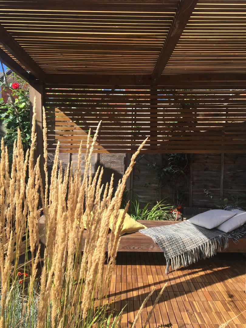 contemporary timber garden pergola