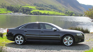 Chauffeur Car Packages from Swindon Wiltshire for leisure trips and scenic tours, Cotswolds, Oxford