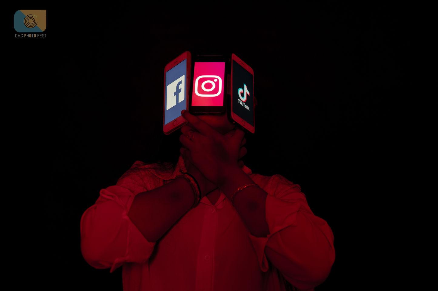 red-.jpg