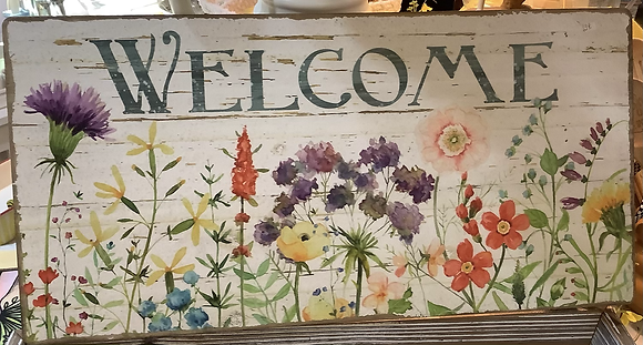 Raz Imports wooden Welcome sign