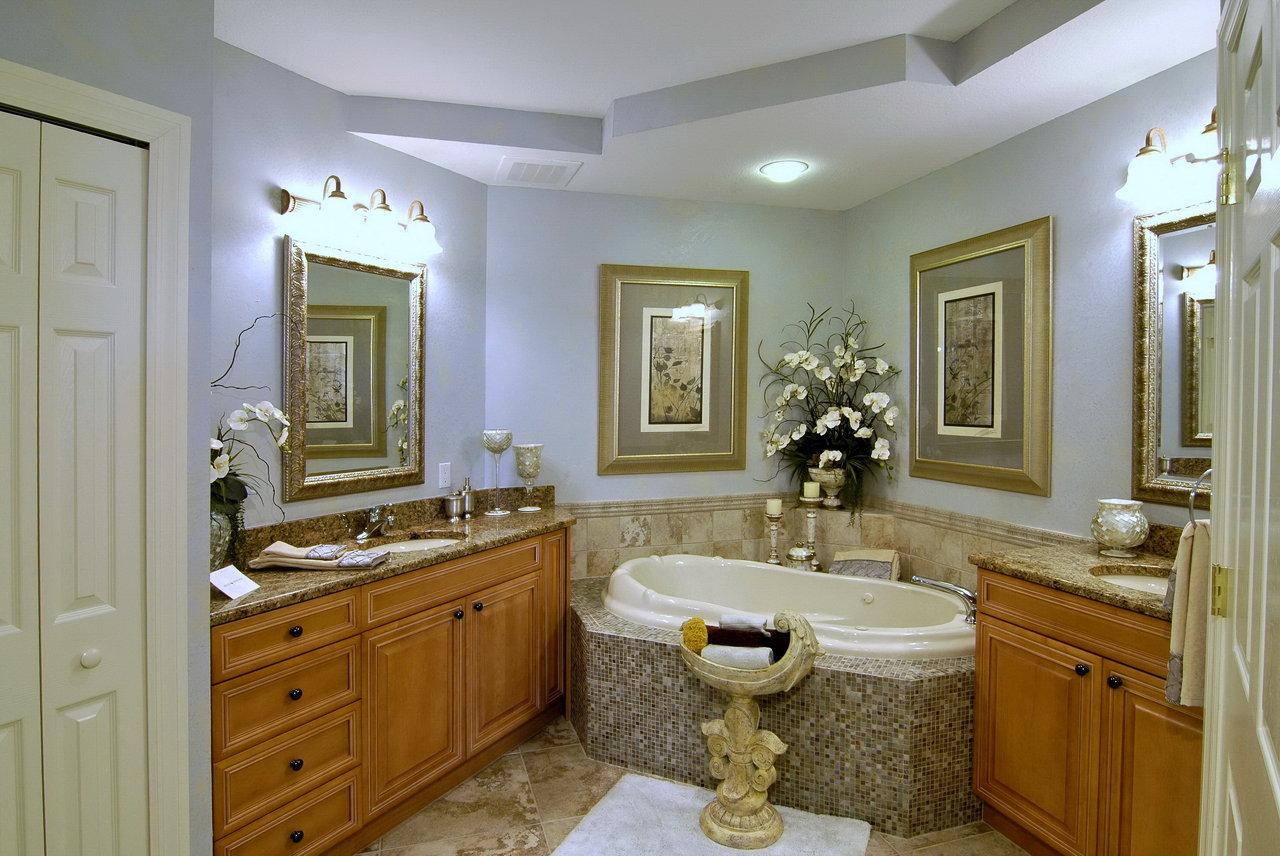 Bathroom distortion.jpg