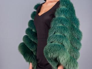 Меховые жилеты: модной быть просто