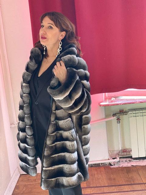 Пальто из шиншиллы