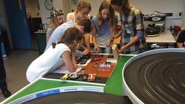 Raad van Kinderen opent Automotive Testbaan bij Tata Steel