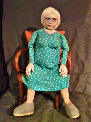 Tina assise (2).jpg