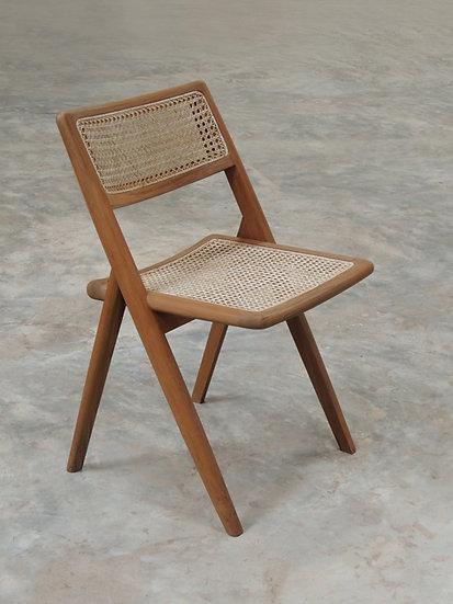 Muṅgāru Dining Chair