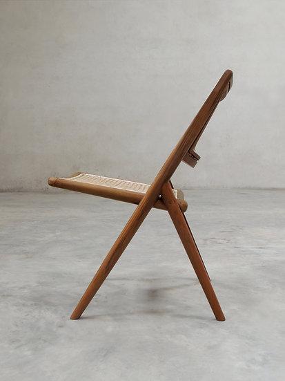 Muṅgāru Lounge Chair