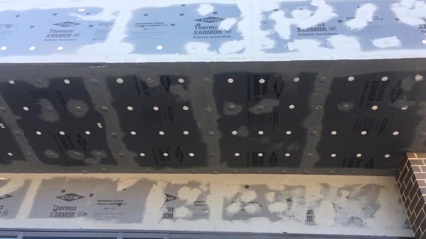 Plasti-Grip PMF Anchor fastening Insulation to concrete