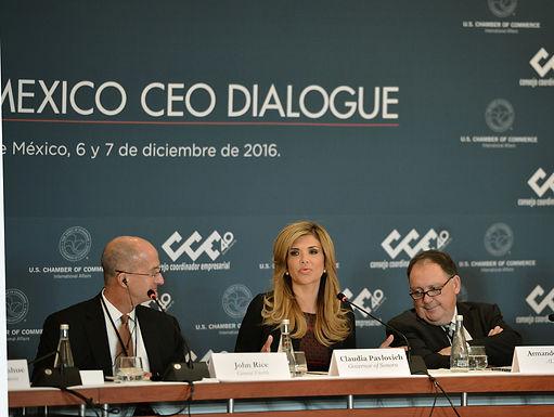 Gobernadora Pavlovich muestra a inversionistas ventajas de Megarregión Sonora-Arizona.