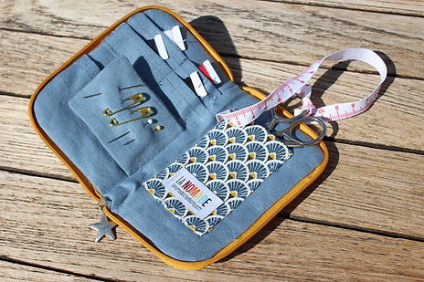 trousse à couture nomade.jpg