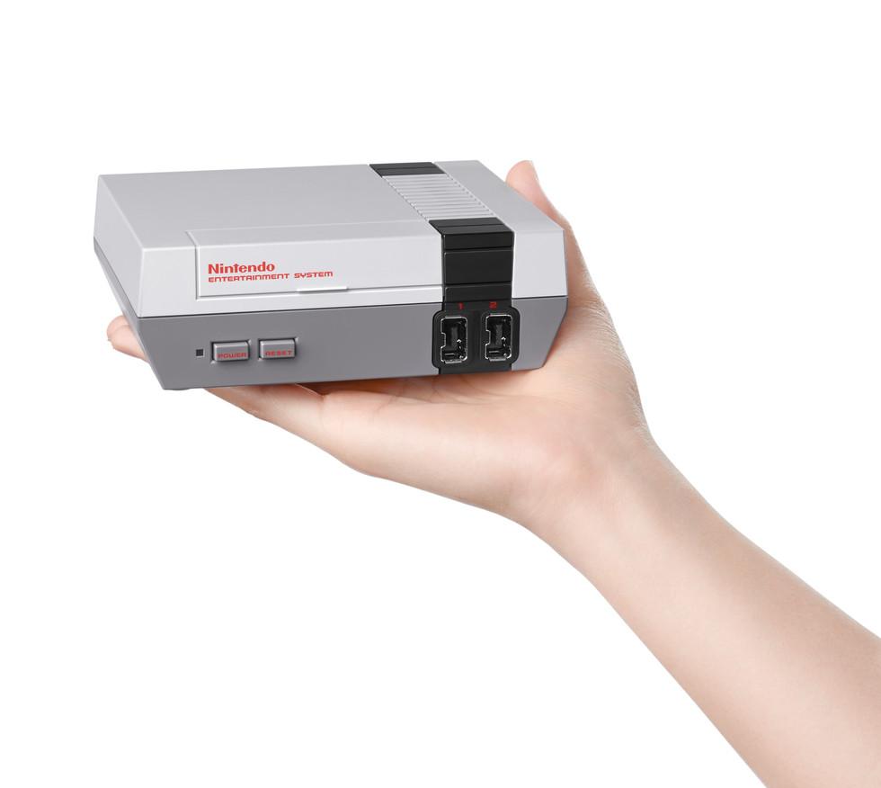 Mini NES Coming This Holiday Season