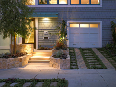 Create a Welcoming Outdoor Space with Lighting