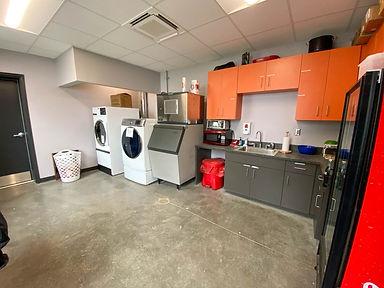 venture kitchen.jpg