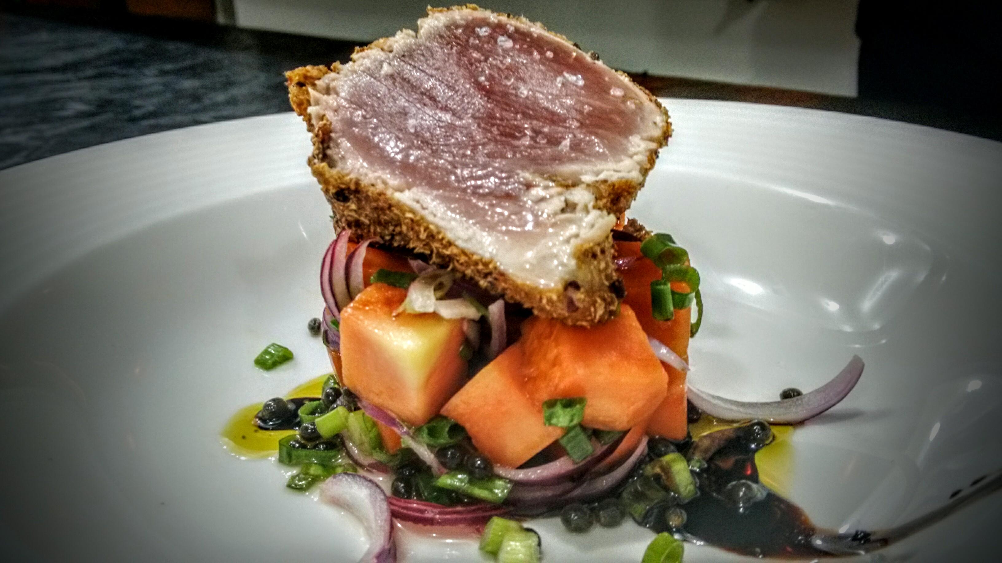 Tuna, papaya, balsamico