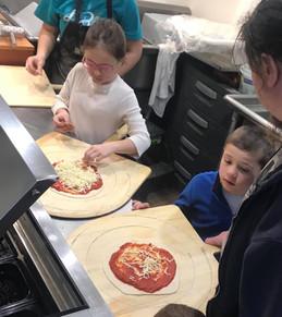 Next Gen Pizza Market Employees