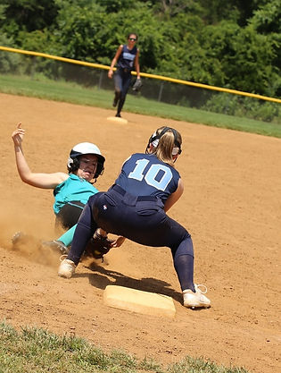 Grace taging runner out at third.jpg