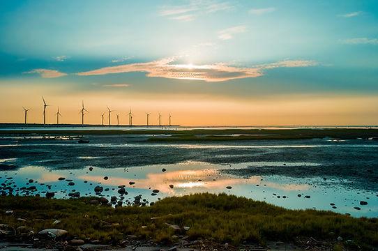 Sillouette de la turbina de viento