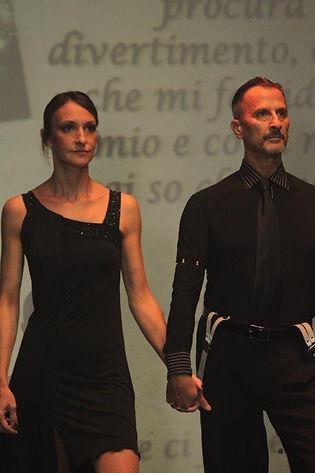 Luca e Cinzia durante uno show