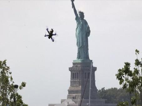 NOVA YORK REGISTRA CRESCIMENTO DE DRONES NOS CÉUS