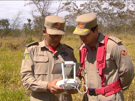 BOMBEIROS UTILIZAM DRONES PARA COMBATER QUEIMADAS