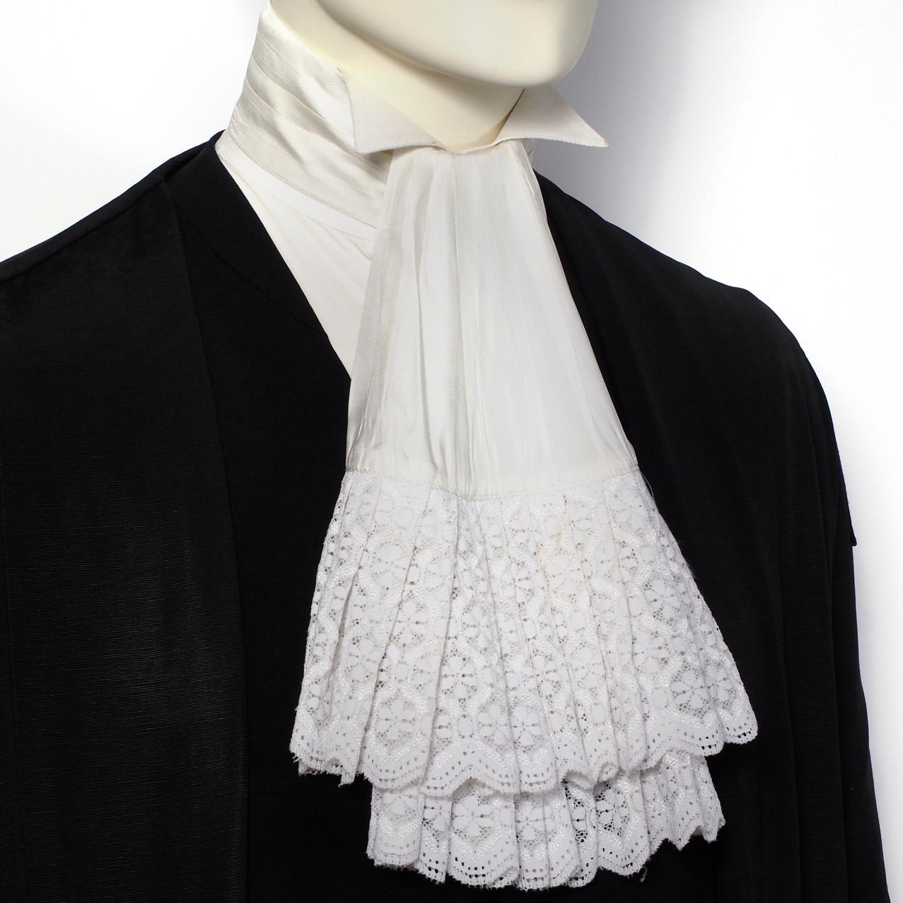 Jabot as neckwear