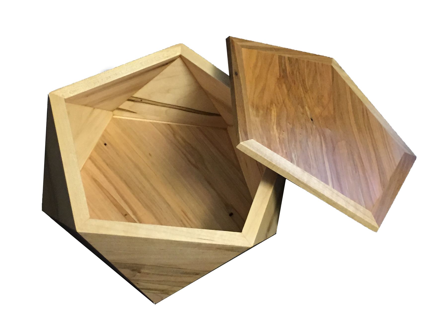 Pentagonal Box - Ambrosia Maple