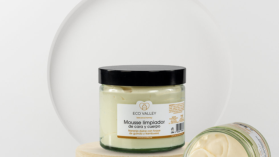 Cleansing Mousse Sweet Orange with a Touch of Cherry and Raspberry 250 ml
