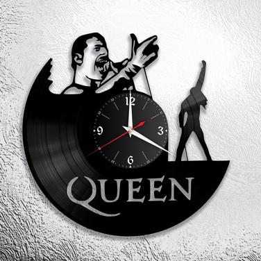 Queen - 3.jpg
