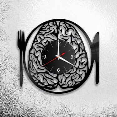 אנו מאכילים את המוח.jpg