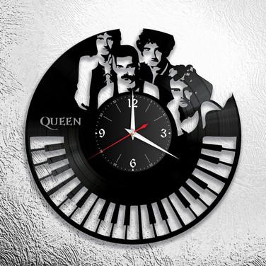 Queen - 4.jpg