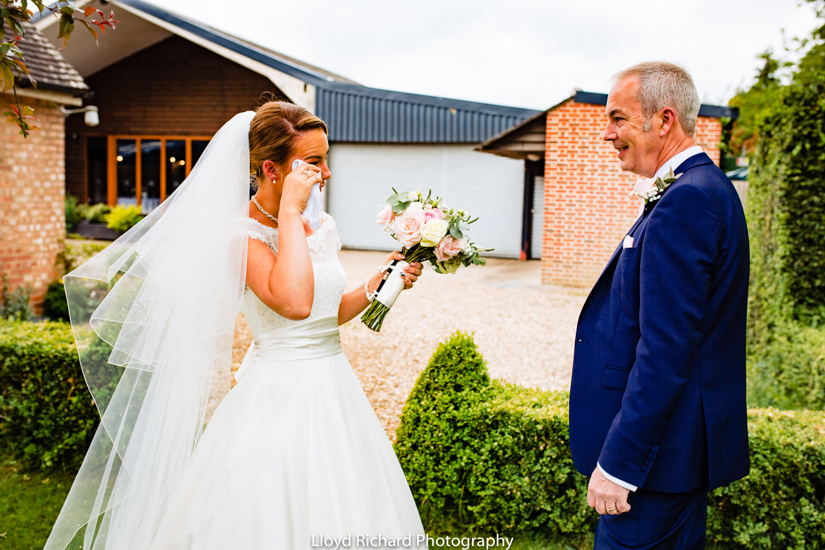 bride meeting her dad for the first time at Pitt Hall Barn