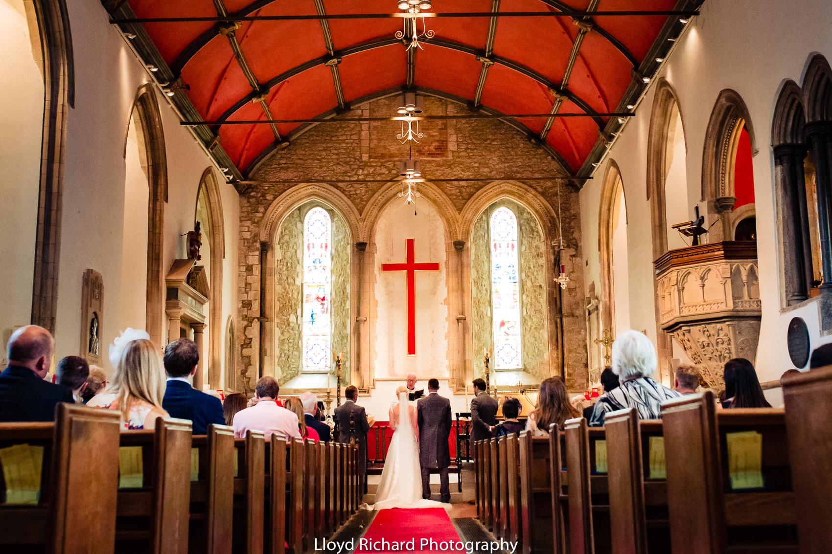 wedding couple at Beaulieu Abbey Domus