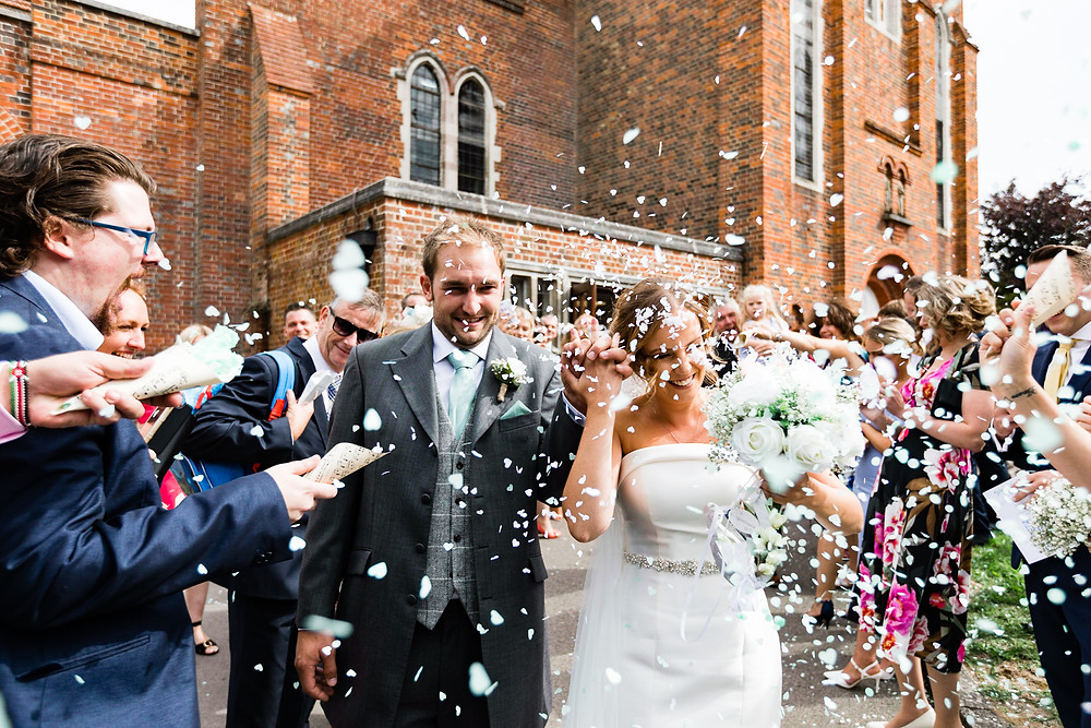 confetti walk at a wedding