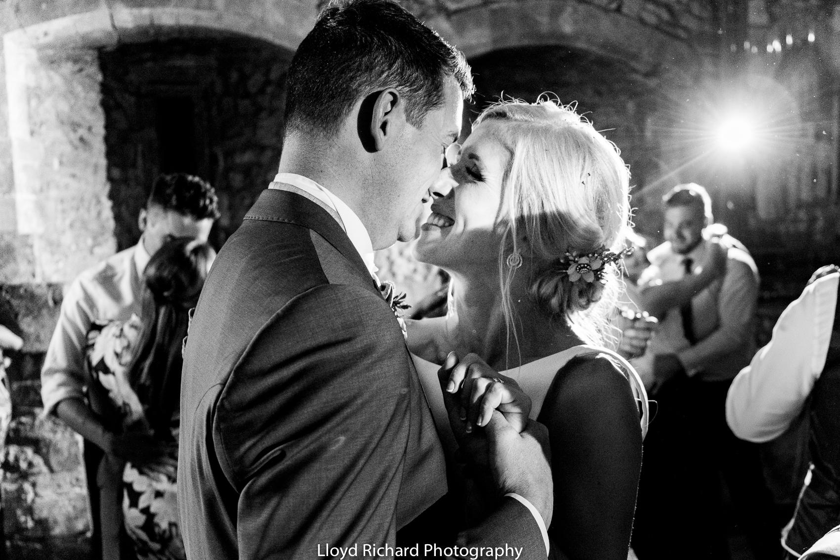 wedding couple dancing at Beaulieu Abbey Domus
